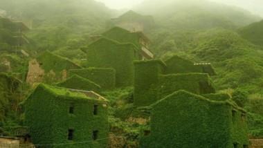 Opuštěná rybářská vesnice v Číně