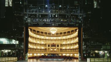 Co vidí divadelní herci, když jsou na jevišti?