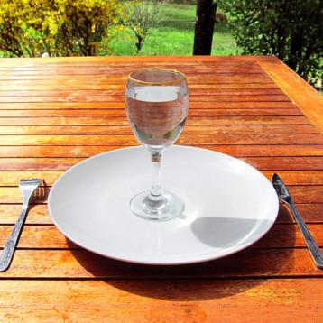 Jak dlouho vydrží člověk bez jídla?